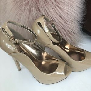 Madden Girl nude patent leather size 8.5